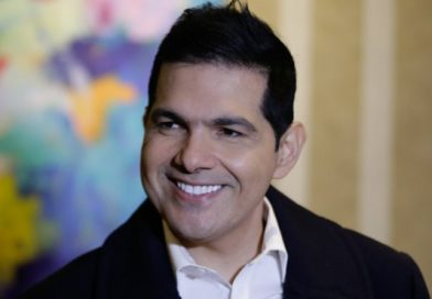 Corte Suprema ordena a Peter Manjarrés pagarle $49 millones a su antiguo corista